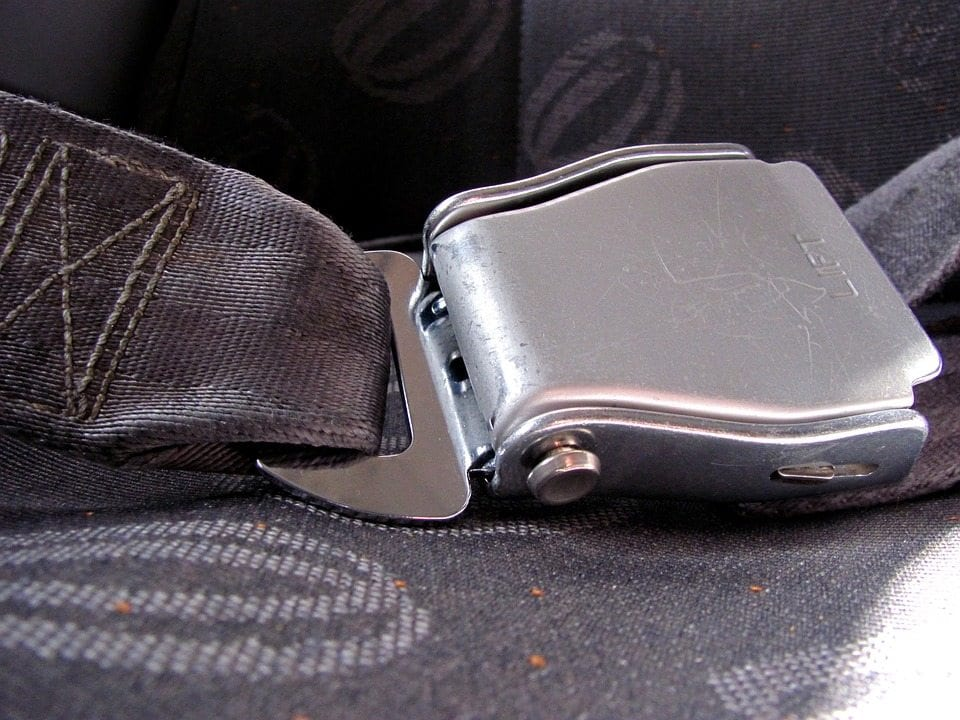 seatbelt-629230_960_720